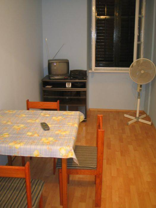 Apartment Lonza, Dubrovnik, Croatia, book unique hostels or cheap hotels and experience a city like a local in Dubrovnik