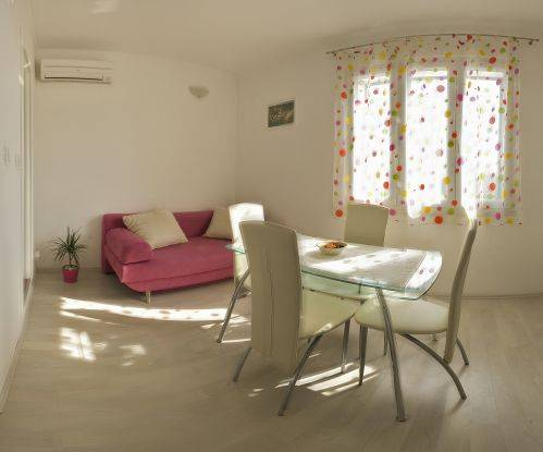 Apartments Sandra, Split, Croatia, hostels for world cup, superbowl, and sports tournaments in Split