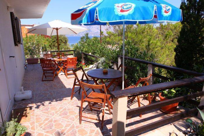 Apartment Vidikovac, Povlja, Croatia, Croatia hostels and hotels