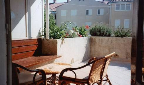 Apartment Lucija - Search available rooms and beds for hostel and hotel reservations in Dubrovnik, top 5 cities with hostels and cheap hotels in Dubrovnik, Croatia 5 photos