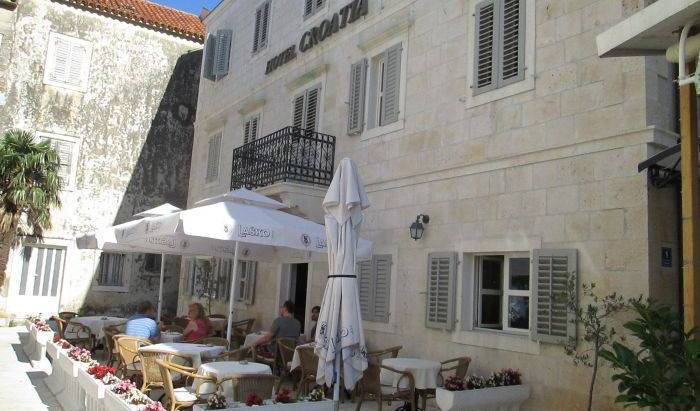 Hotel Croatia - Get cheap hostel rates and check availability in Baska Voda, youth hostel 18 photos