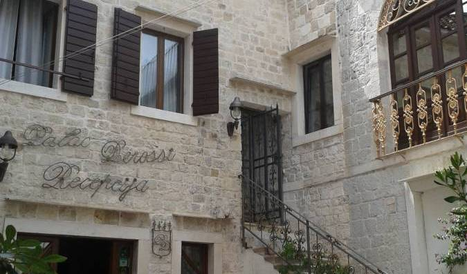 Palace Derossi - Search for free rooms and guaranteed low rates in City of Trogir 21 photos