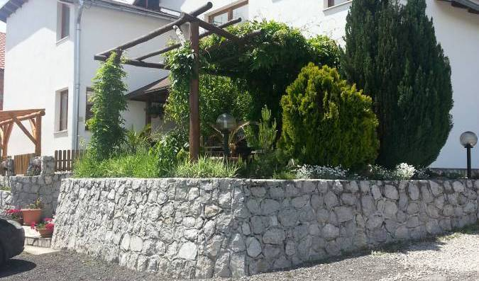 Plitvicka Vila, hostels and rooms with views in Rudanovac, Croatia 15 photos