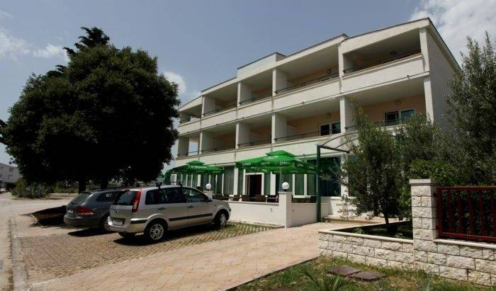 Vila Stafileo, reservations for winter vacations 12 photos