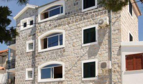 Villa Plazibat - Search available rooms and beds for hostel and hotel reservations in Split, Podstrana, Croatia hostels and hotels 9 photos