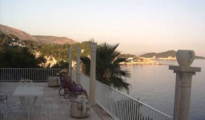 Villa Smodlaka - Search available rooms and beds for hostel and hotel reservations in Dubrovnik, check hostel listings for information about bars, restaurants, cuisine, and entertainment in Dubrovnik, Croatia 8 photos