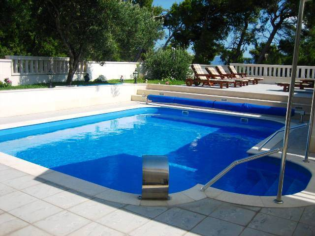 Hotel Villa Daniela, Bol, Croatia, we guarantee the lowest price for your hostel in Bol
