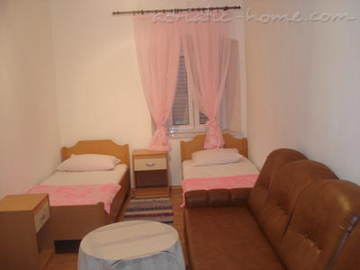 Mery Room, Dubrovnik, Croatia, Croatia hostels and hotels