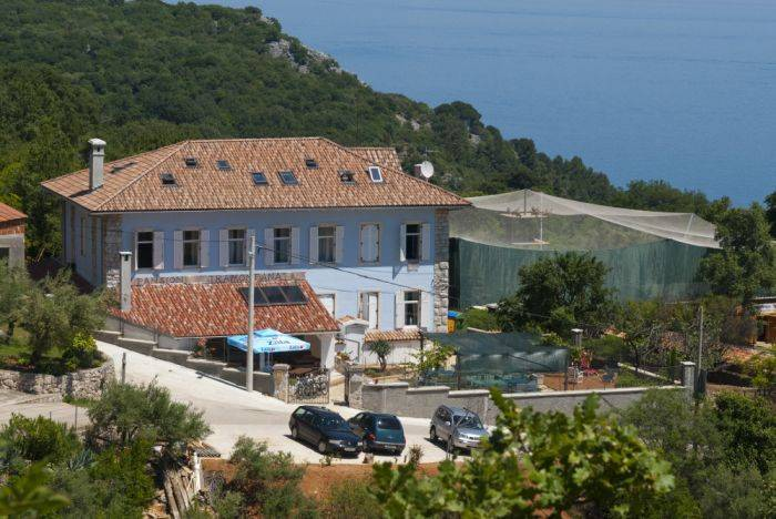 Pansion Tramontana, Beli, Croatia, hostels with free breakfast in Beli