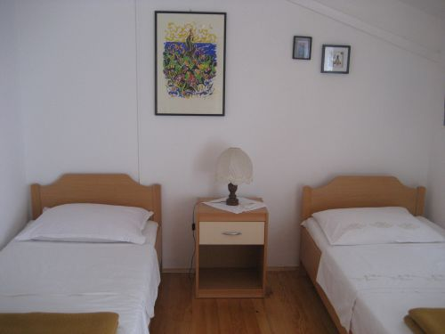 Room Zanetic, Korcula, Croatia, book summer vacations, and have a better experience in Korcula