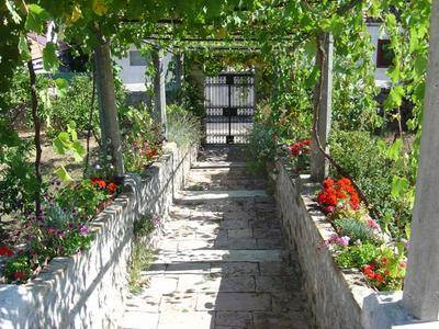 Traditional Old Captain's House, Popova Luka, Croatia, best hostels for visiting and vacationing in Popova Luka