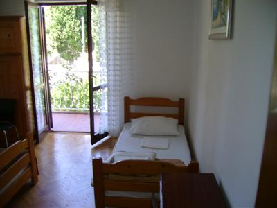 Villa Anka, Cavtat, Croatia, low cost lodging in Cavtat