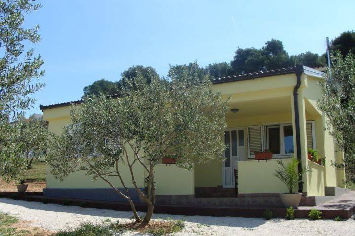 Villa Antonio II, Biograd na Moru, Croatia, Croatia hostels and hotels