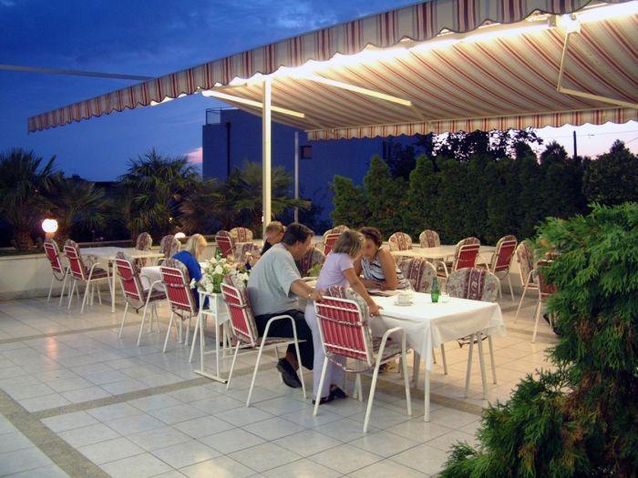 Villa Javor, Podstrana, Croatia, Croatia hostels and hotels