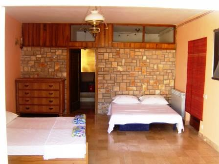 Villa Skansi, Hvar, Croatia, rural hostels and backpackers in Hvar