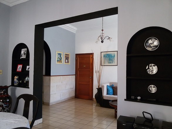 Casa Iliana, Alturas de la Habana, Cuba, go on a cheap vacation in Alturas de la Habana