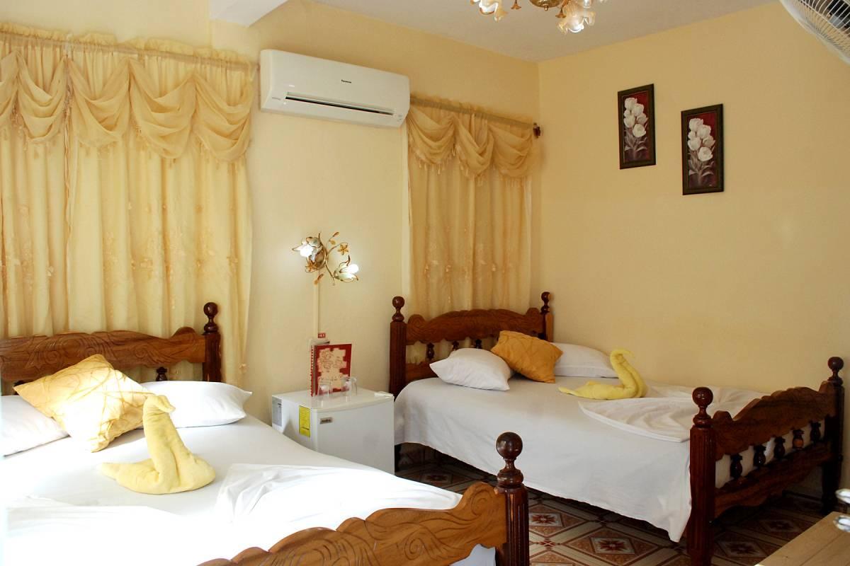 Casa Teresa y Sunilda, Vinales, Cuba, Cuba hostels and hotels