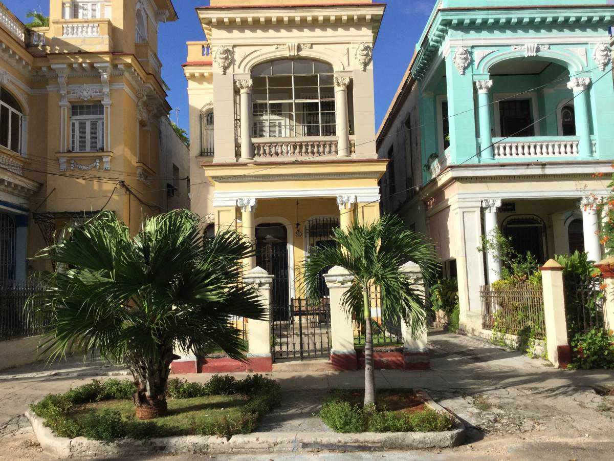 Hostal Colonial Casa de Luca, Vedado, Cuba, Cuba bed and breakfasts and hotels