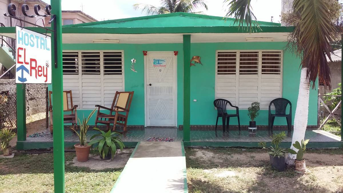 Hostal El Rey, Playa Larga, Cuba, browse photos and reviews, and book a unique bed & breakfast or hotel in Playa Larga