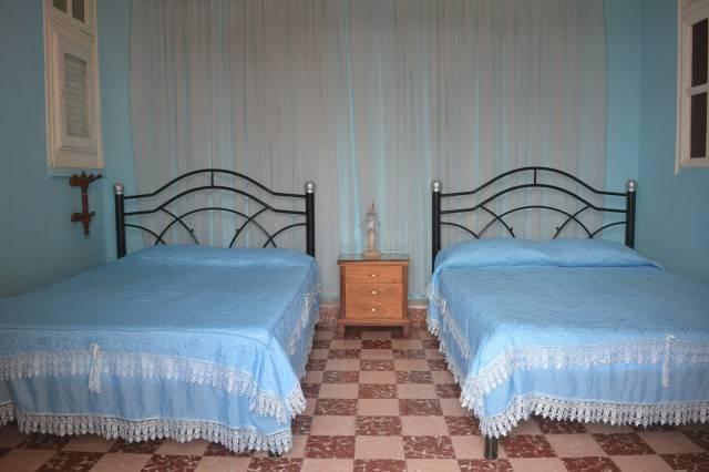Hostal Lunasur, Cienfuegos, Cuba, find the best bed & breakfast prices in Cienfuegos