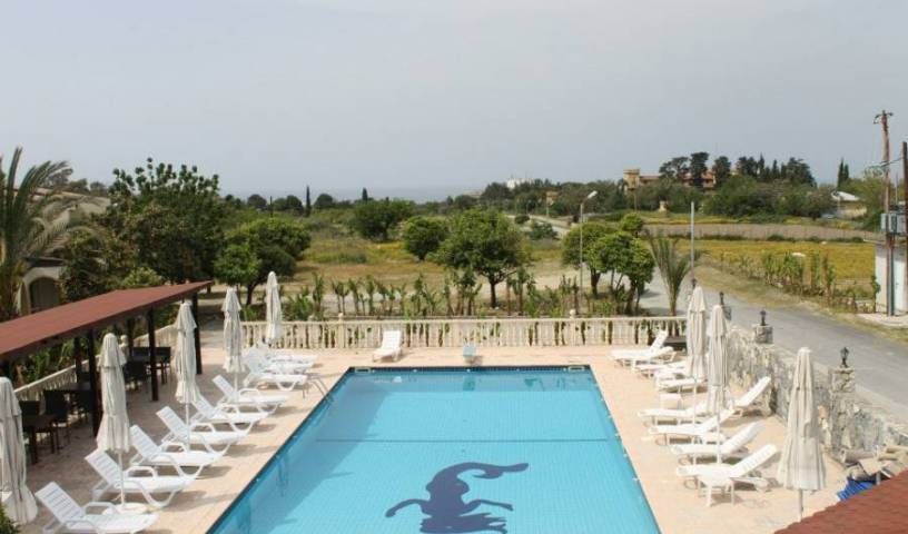 Club Alda Hotel -  Kyrenia, bed and breakfast bookings 9 photos
