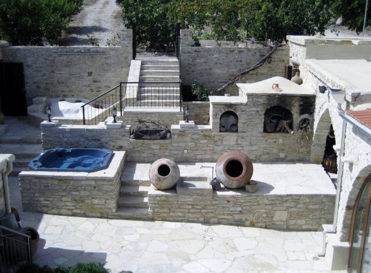 Our House - Your Place To Stay, Vavla, Cyprus, hostels in safe locations in Vavla