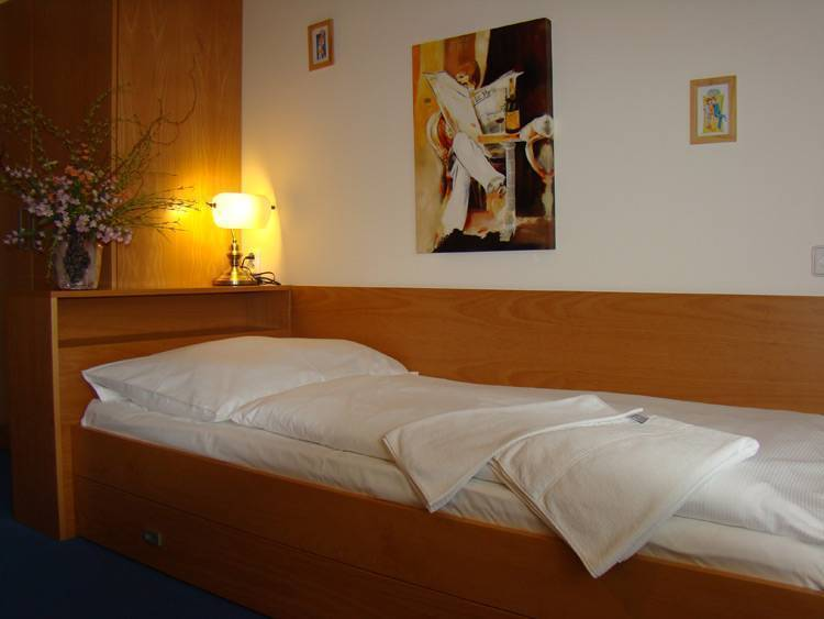 Abacta Residence Prague, Prague, Czech Republic, bed & breakfasts with non-smoking rooms in Prague