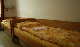 Hostel BCD -  Prague, online bookings, bed & breakfast bookings, city guides, vacations, student travel, budget travel 4 photos