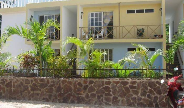 Rincon Paraiso - Search available rooms and beds for hostel and hotel reservations in Samana 11 photos