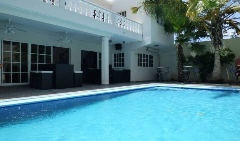 Rincon Taino Barahona, bed & breakfasts for road trips 9 photos