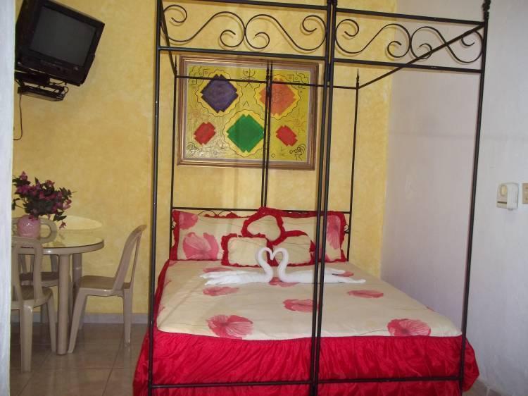 Hostal Dominico Mundial, Santo Domingo, Dominican Republic, Dominican Republic chambres d'hôtes et hôtels