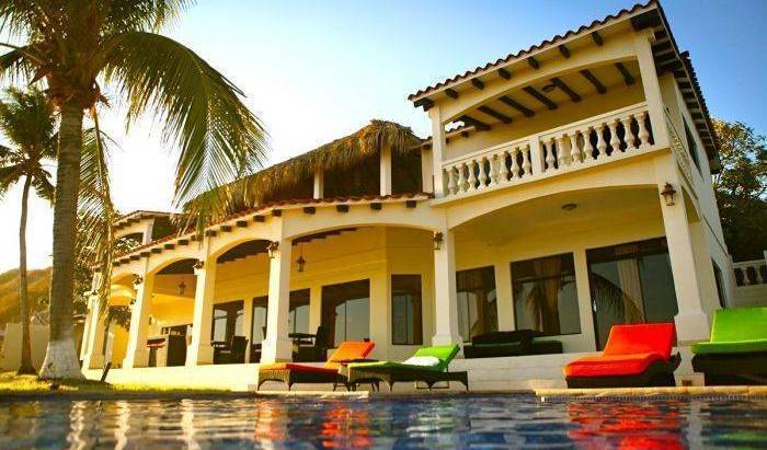 Vista Las Olas Surf Resort - Search available rooms and beds for hostel and hotel reservations in El Cuco 1 photo