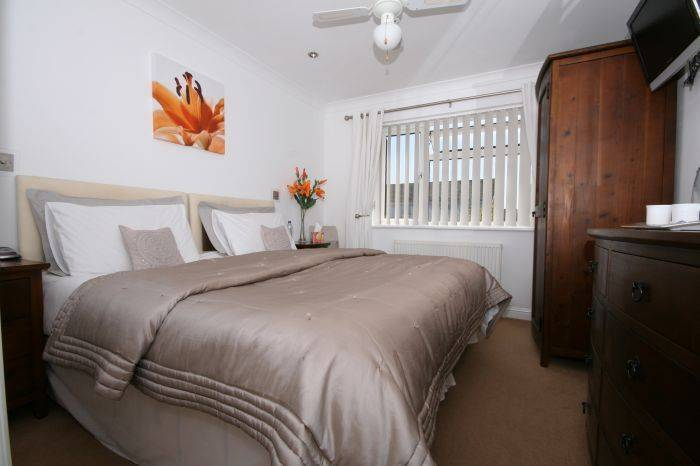 Abbey House Bed and Breakfast, West Sussex, England, England hostels and hotels