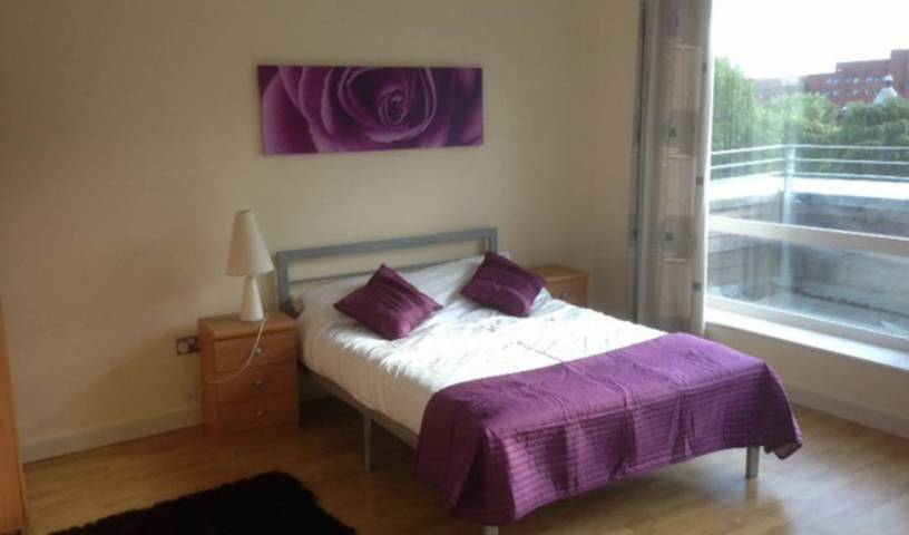 Manchester Apartment - Get cheap hostel rates and check availability in Manchester City Centre 5 photos