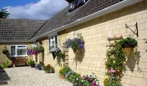 Tally Ho Bed And Breakfast -  Alderton, bed and breakfast holiday 3 photos