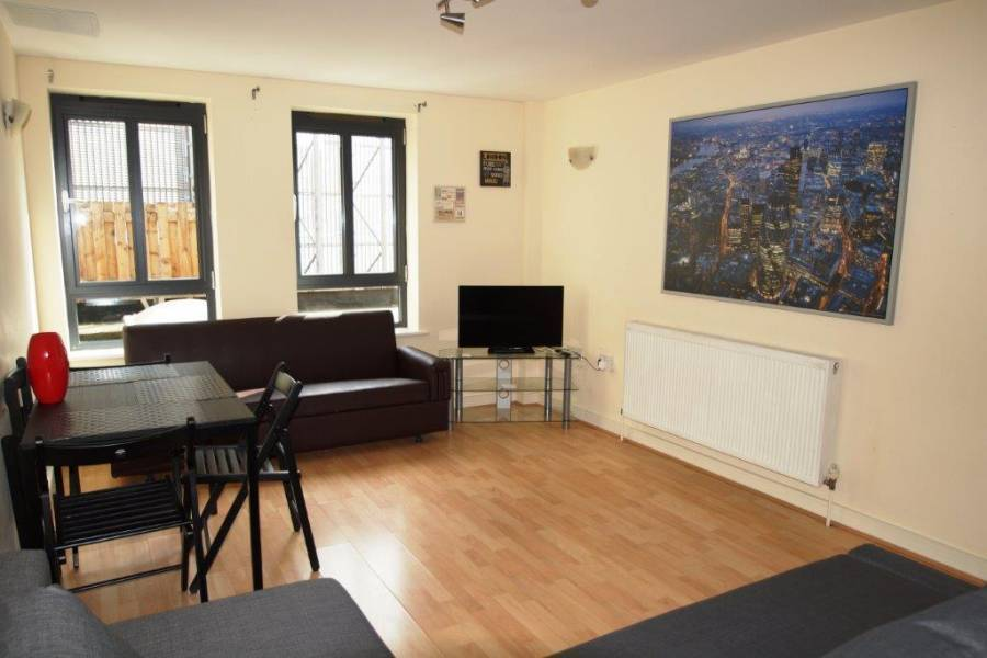 Luxury 2 Bedroom Flat, North London, England, England bed and breakfasts and hotels
