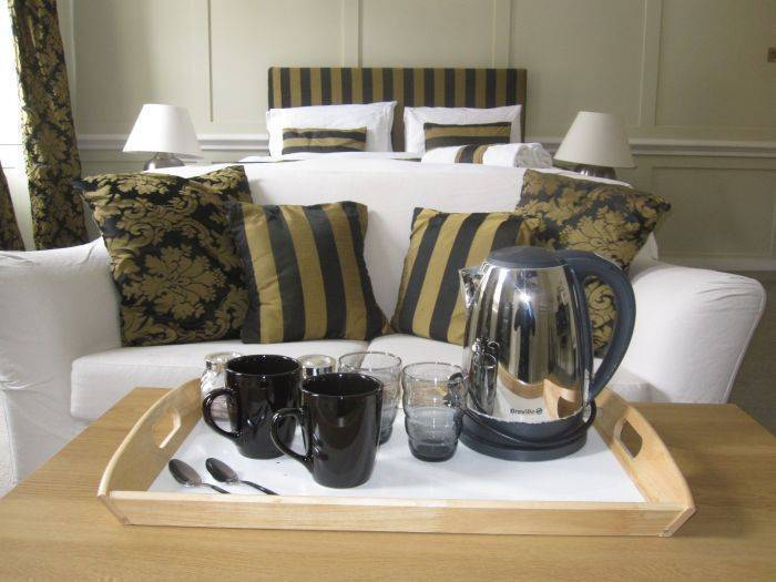 Stay In Holborn, West End of London, England, England hostels and hotels