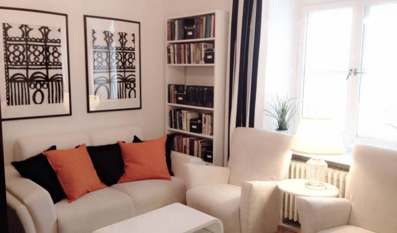 Helsinki Apartment Kamppi, long term rentals at bed & breakfasts or apartments 12 photos