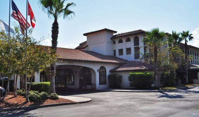 Lake Tarpon Resort - Search for free rooms and guaranteed low rates in Palm Harbor, cheap hostels 21 photos
