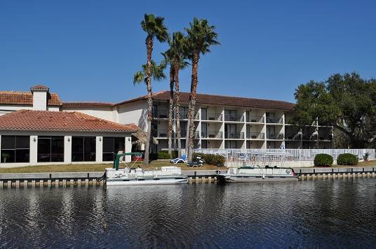 Lake Tarpon Resort, Palm Harbor, Florida, international backpacking and backpackers hotels in Palm Harbor