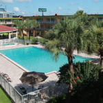 Roomba Inn and Suites, Kissimmee, Florida, have a better experience, book with HostelTraveler.com in Kissimmee