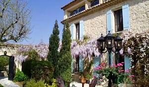 Le Mas De La Treille -  Avignon, bed and breakfast bookings 6 photos