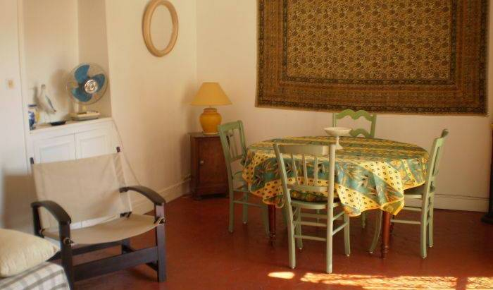 Lucrece - Search for free rooms and guaranteed low rates in Nice 4 photos