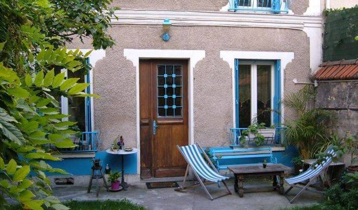Bed and Breakfast near Paris -  Paris 12 photos