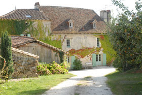 La Bastide Des Tremieres, Saint-Antoine-de-Breuilh, France, France bed and breakfast e alberghi