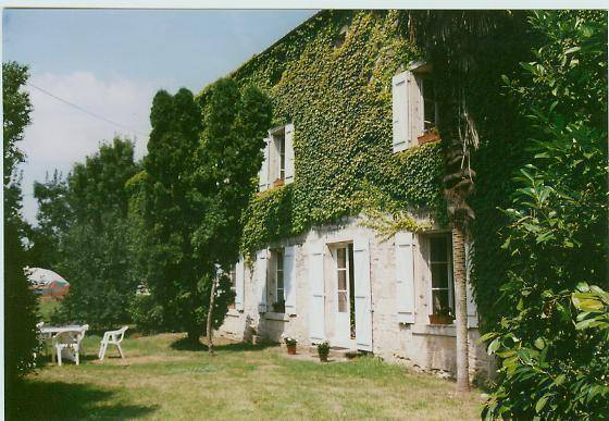 La Vallee Bed And Breakfast, Fontenay Le Comte, France, France hostels and hotels