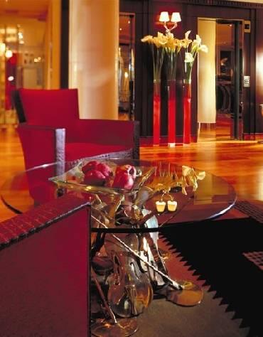 La Villa Maillot, Paris, France, Ziyaret etmek için en iyi yerler içinde Paris