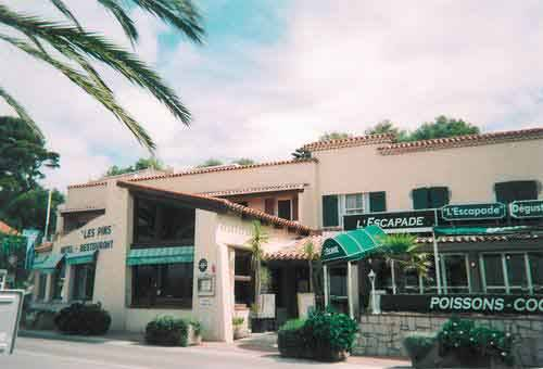 Villa Les Pins, Saint Cyr Sur Mer, France, France bed and breakfasts and hotels