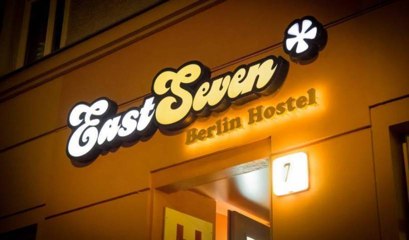 Eastseven Berlin Hostel 18 foton