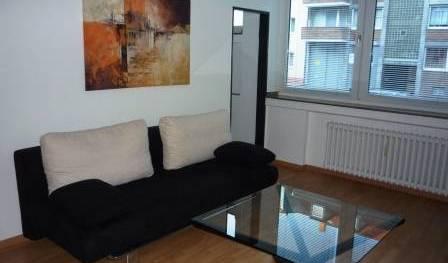 Elegant Apartment in Duesseldorf - Bedava oda ara ve garantili düşük tarifeleri ara Dusseldorf 3 fotoğraflar